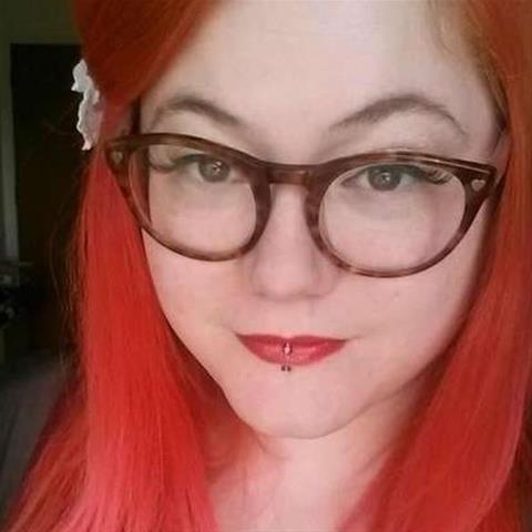 Neuken met deze 32-jarige jongedame
