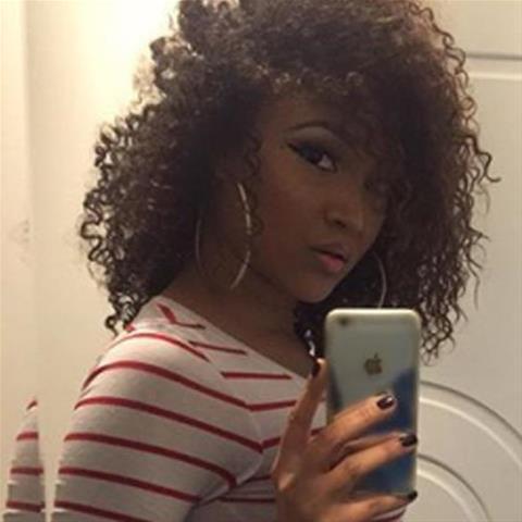 Geile sexdate met deze 25-jarige meid