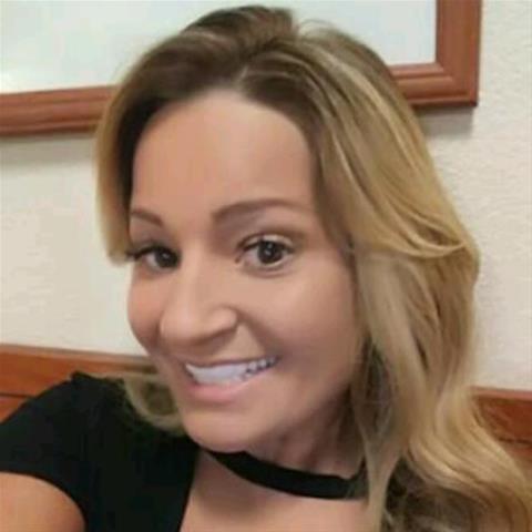 Neuken met deze 35-jarige moeder