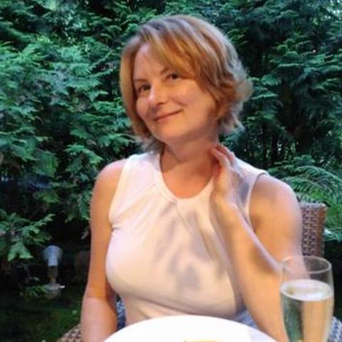 Regel een ontmoeting met deze 53-jarige vrouw
