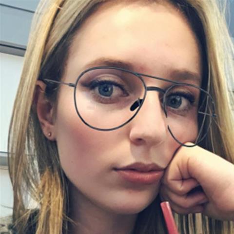 Geile date met deze 23-jarige meid